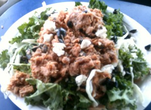 Tuna Salad on lettuce and Kale with Feta and Black Olives